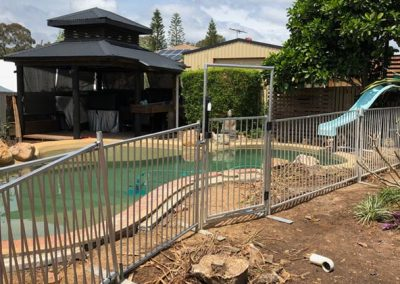 temporary-pool-fence-gate1