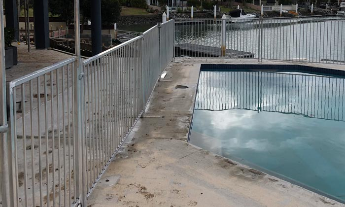 temporary-pool-fence-gate5